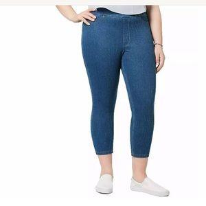 HUE Original Denim Capri Jeans
